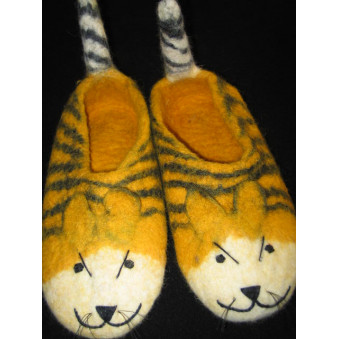 Child finches, felted gold tiger with tail
