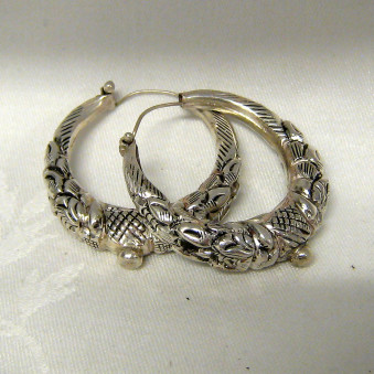 Earrings - carved silver makuri- creoles 40 mm