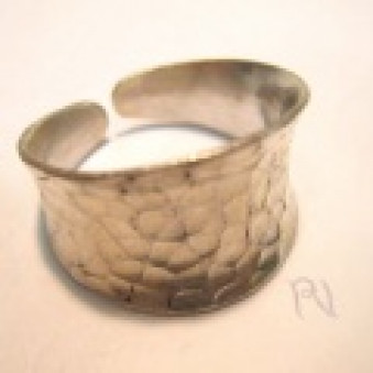 Hammered rings Ri-05 silver ring