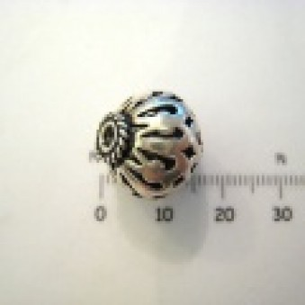 Silver parts, slightly decorated 15 x 16 mm